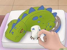 How to Make a 3D Dinosaur Birthday Cake: 15 Steps (with Pictures)