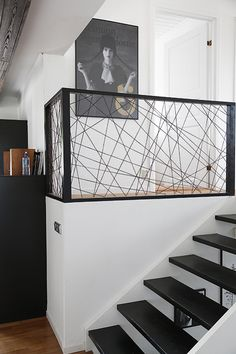 Room divider made from leather string or rope. Pic trendenser.se