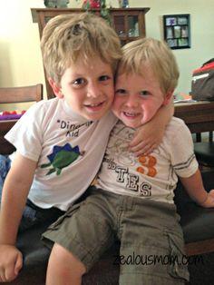 Wordless Wednesday: Brothers -zealousmom.com #wordlesswednesday #parenting