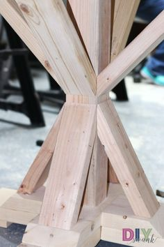Super Ideas For Round Patio Table Diy Dining Rooms Diy Table Legs, Diy Dining Table, Dining Rooms, Farmhouse Table Base, Farmhouse Style, Farmhouse Remodel, White Farmhouse, French Farmhouse, Kitchen Remodel
