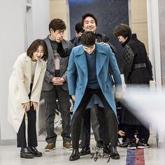Drama Film, Drama Series, Asian Actors, Korean Actors, Romantic Doctor, Yoo Yeon Seok, Med School, Drama Korea, Season 1