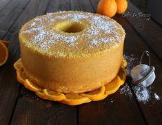 La Chiffon Cake all'arancia un dolce unico e soffice come una nuvola, Provatela sono sicura che vi conquisterà e come me non riuscirete più a farne a meno!!
