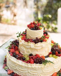 Vegan Wedding Cake at the Inglewood Inn, Adelaide Hills Red Velvet Wedding Cake, Fruit Wedding Cake, Wedding Cake Photos, Amazing Wedding Cakes, Wedding Cakes With Flowers, Amazing Cakes, Big Red Cake, Bolo Nacked, Bolos Naked Cake