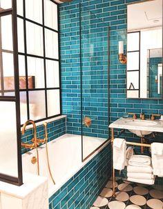 kamar hotel Bathroom goals at The Williamsburg Hotel - Bathroom goals at The Williamsburg Hotel Teal Bathroom Decor, Bathroom Colors, Small Bathroom, Bathroom Ideas, Bathroom Organization, Bathroom Inspiration, Bathroom Designs, Bathroom Renos, Budget Bathroom