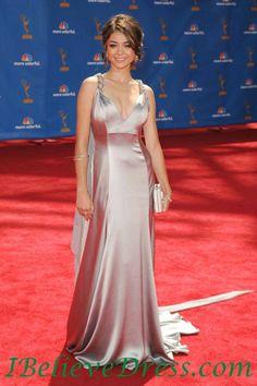 Satin Sarah Hyland Elegant Best Evening Dress Emmys Awards Red Carpet.jpg (523×785)