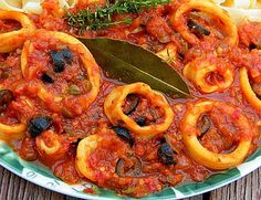 Calamari wie beim Italiener Calamari as with the Italian (recipe with picture) of SABRINAsabrina Easy Fish Recipes, Salmon Recipes, Lunch Recipes, Dinner Recipes, Appetizers For A Crowd, Seafood Appetizers, Food For A Crowd, Shellfish Recipes, Seafood Recipes