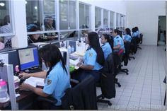Extranjeros deberán homologar títulos universitarios antes de solicitar residencia en Panamá http://www.inmigrantesenpanama.com/2015/05/13/extranjeros-deberan-homologar-titulos-universitarios-antes-de-solicitar-residencia-en-panama/
