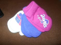 Infants Gloves Sweet and Cute Brand New