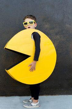 Kid's Pac Man Halloween Costume DIY Kid's Pac Man Halloween Costume DIY Related posts: DIY Peter Pan Halloween Costume for Kids DIY Video Tutorial – Kids Flying Astronaut Halloween Costume Halloween Dragon Costume From a Hoodie DIY Tutorial