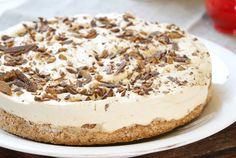 Daimkake med kaffesmak Pudding Desserts, No Bake Cake, Tiramisu, Cake Recipes, Baking, Ethnic Recipes, Food, Dump Cake Recipes, Meal