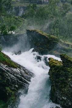 """tinyclicks: """"This place was staggeringly good. Flåm, Norway """""""