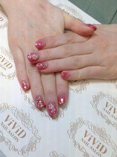 #vividnailsalonsydney#calgel#sydney#nail#nails#nailart#geldesign#art#nalisalon#gelnail#japanesenailart#ネイル#ジェルネイル#カルジェル#美甲#指甲#gradation#cherryblossom#pink