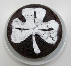 shamrock cake #stpatricksday