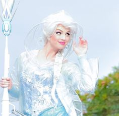 Rainy day Elsa @Miiiichan_413