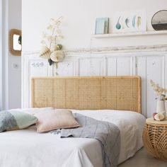 Tikamoon : Balyss Bamboo Futon Bed Frame for Driftwood Headboard, Rattan Headboard, King Headboard, Leather Headboard, Rattan Bed Frame, Futon Bed Frames, Headboards For Beds, Rattan Furniture, Solid Wood Furniture