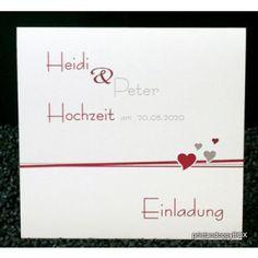 Hochzeitseinladung mit schönem Herzdesign in dunkelrot und silber.