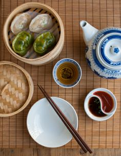 Trying to be a bit healthier: Ha Gao Dumplings Asian Recipes, Ethnic Recipes, Asian Foods, Filipino Recipes, Cooking Chinese Food, Food Staples, Tea Infuser, Dim Sum, Gao