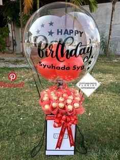 Please do not hesitate to whatsapp me if you require further information Surprise Delivery Penang Kedah Kl Whatsapp No : Balloon Arrangements, Balloon Centerpieces, Balloon Decorations, Candy Bouquet, Balloon Bouquet, Diy Birthday, Birthday Gifts, Balloon Gift, Chocolate Bouquet