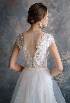 db7c9c6b908 FILALI   3d lace embroidery wedding dress low sexy embroidery back unique  tulle wedding gown Nude