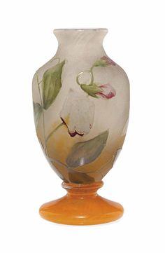 A DAUM MINIATURE ENAMELLED 'SWEET PEA' GLASS VASE -  CIRCA 1910