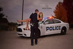 Super cute for Police officer wedding :) Police Girlfriend, Cop Wife, Police Wife Life, Police Family, Cop Wedding, The Office Wedding, Wedding Pics, Wedding Ideas, Dream Wedding