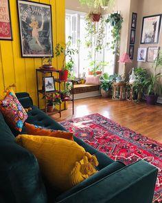 home decor living room apartment therapy Boho Living Room, Home And Living, Living Spaces, Small Living, Modern Living, Oriental Living Room Decor, Living Room Decor Yellow Walls, Living Dining Combo, Retro Living Rooms