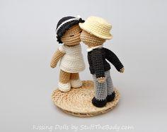 Kissing Dolls Amigurumi pattern for wedding or bridal shower