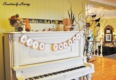 thanksgiving-garland - love it! I used to have a piano like this too, so cool!