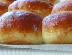 the best white sandwich bread – Koekjes Yeast Rolls, Bread Rolls, Tasty Bread Recipe, Soft Milk Bread Recipe, Homemade Rolls, Snacks, Cream Recipes, Bread Baking, Cake Recipes
