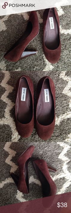 "Steve Madden suede Pumps 5.5 . Beautiful and super comfortable suede Pumps in 5.5M. Deep chocolate brown with patent hill about 3.5"" high.  Practically NEW!!!  Only wore them once or twice. Look great with a dress, pants or casual with jeans. Steve Madden Shoes Heels"