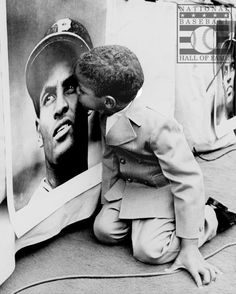 Remembering Roberto Clemente.. You have to love this man and everything he stood for. Simply incredible