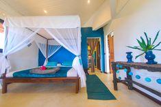 Chambre bleu canard  Villa L'Ankarena île Sainte Marie Madagascar  Ecolodge le Ravoraha