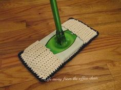 Life Away From The Office Chair: Crochet Swiffer Pad *Pattern*