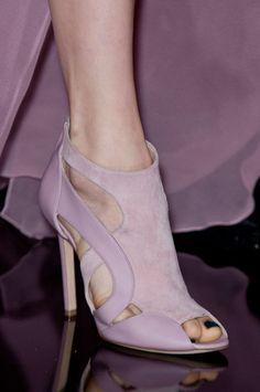 Pretty purple heels. Elie Saab Fall 2014 - Details. Via @swisschicboutiq. #ElieSaab #heels