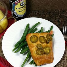 """""""Happy Wednesday SizzleFish fans! @fitaspire make a quick piece of @sizzlefishfit Salmon that she marinated in soy sauce, pineapple juice and jalapeños for a pop for flavor!  .  Head to our website: www.sizzlefish.com to order your perfectly portioned fish and shellfish today!  ___________________________________"""