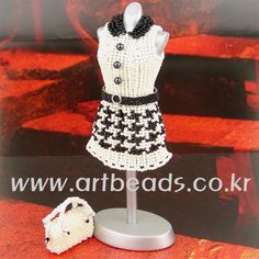 Beaded 3D dress houndstooth design PATTERN, for experienced