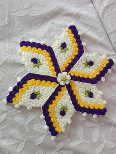 Best 12 Yildiz lif tam benim tarzim – Page 505036545708743555 Crochet Potholder Patterns, Crochet Cross, Fairy Lights, Crochet Earrings, Cross Stitch, Dolls, Blanket, Knitting, Fabric