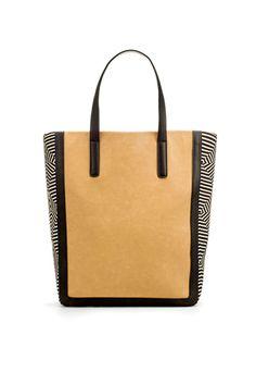 Zara Shopper with Fabric Sides style Gucci, Burberry, Shopper Bag, Tote Bag, Minimalist Wardrobe Essentials, Prada, Louis Vuitton, Zara Bags, Scrappy Quilts