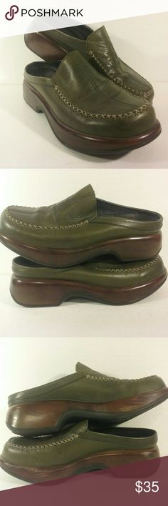 Dansko EUC olive green slip-onset 42/12 Beautiful rich genuine leather in olive green,  minimal wear, scuffs on inside sole as pictured. Dansko Shoes