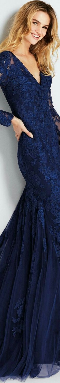 Blue Crush, Royal Blue Color, Blue Fashion, Style Fashion, Color Azul, Fashion Boutique, Cool Outfits, Fashion Dresses, Glamour