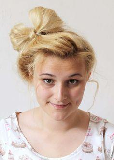 Now that's pretty: DIY Hair bow bun