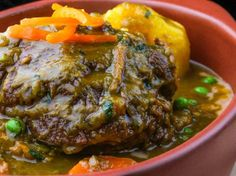 Aprende a preparar un buenísimo seco de res al estilo de Gastón Acurio. Foto: Facebook Gastón Acurio