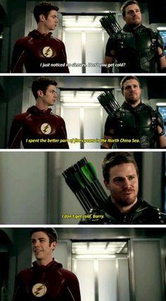 The Flash Season 2 Episode Flash & Arrow Superhero Shows, Superhero Memes, Team Arrow, Arrow Tv, Supergirl Dc, Supergirl And Flash, Flash And Arrow, Arrow Memes, Arrow Funny