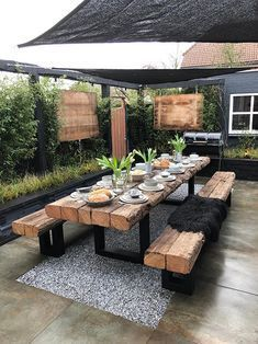 Diy Holzprojekte You are in the right place about patio y jardines Here we offer you the most beauti Farmhouse Bedroom Decor, Modern Farmhouse Decor, Modern Decor, Rustic Outdoor Kitchens, Red Farmhouse, Farmhouse Ideas, Modern Design, Outdoor Living, Outdoor Decor