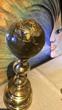 Globe, Speech Balloon