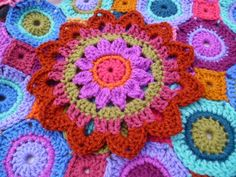 Yarn Art with Sue Pinner...Large flower,about 10 inches,and a free pattern!!
