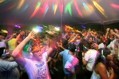 Attend a silent disco is definitely on my bucket list! If you don't have head phones on it looks like everyones dancing to no music! Wicked!