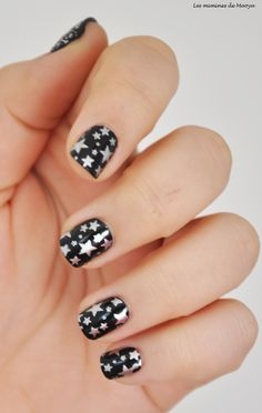 New year nail art check out www.MyNailPolishObsession.com for more nail art ideas.
