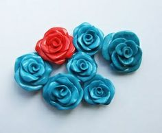 Tutorial : How to make a polymer clay roser?! MAKE ALL THE ROSES. These would make super-cute gauge earrings