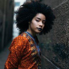 (@devrivelazquez) by @indivisualistic || Afro hair. Natural hair. Kinky hair. Kinky curly hair. Curly fro. Afro curls.